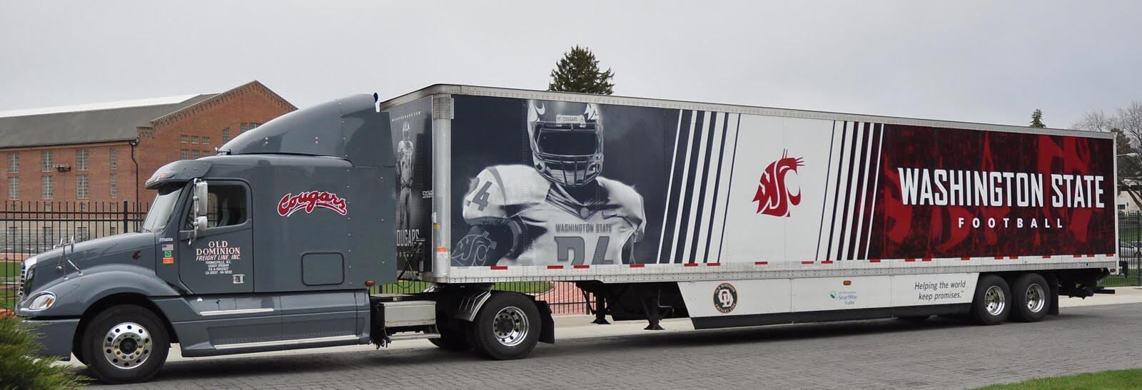 Http videosbytimmarsh blogspot com 2011 04 wsu football equipment truck part of html